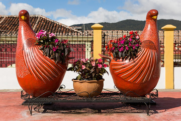 chicken shaped flower pots