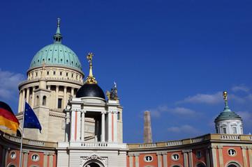 Blick vom Landtag zur Nikolaikirche