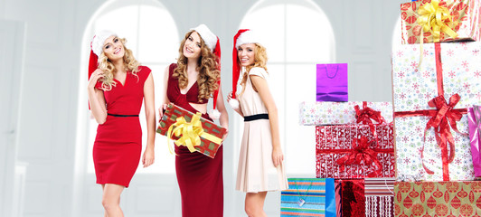 Alluring young women with gifts