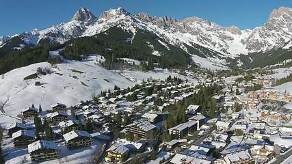 Mountain snow und sun austria