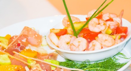 vegetable with shrimp and tomato