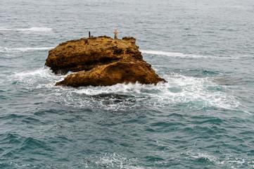 Rocher mémorial croix biarritz
