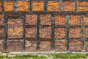 Old Bricks and Wood Bars, Structure of Prussian Wall