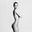 Elegant naked lady