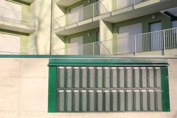 mailbox end construction