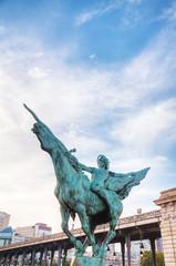 Statue at Bir-Hakeim bridge in Paris