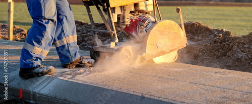 Leinwandbild Motiv Cutting concrete