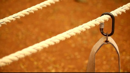 Harness rope sways in time