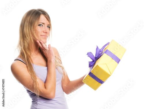 canvas print picture Mädchen hält Geschenk