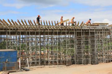 Bau einer Strassenbrücke