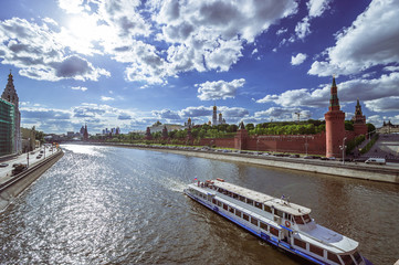 Moscow Kremlin. View of the embankment.