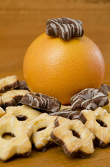 Grapefruit and cookies.