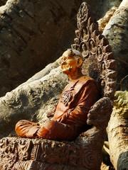 Sukhothai statue moine