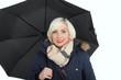 Mit Regenschirm