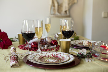 Dining Christmas table