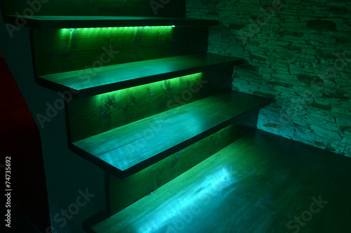 Spoed canvasdoek 2cm dik Trappen Illuminated wooden stairs