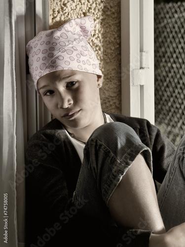 Sick girl - 74758005