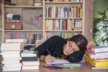 dormire sui libri