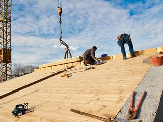 posa tetto in legno