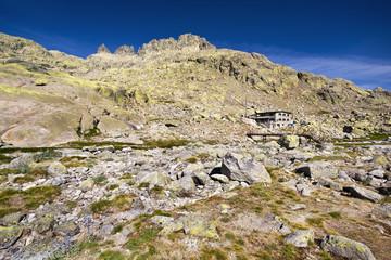 Refugio Elola en la Sierra de Gredos. Avila