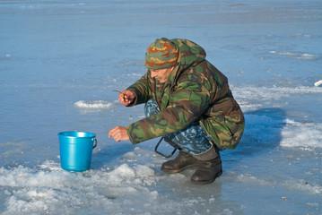 Man on winter fishing 39