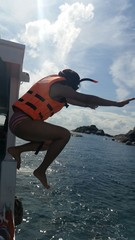 Woman jump to the sea