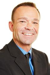 Portrait eines lächelnden Managers