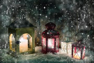 romatnische Winternacht mit laternen