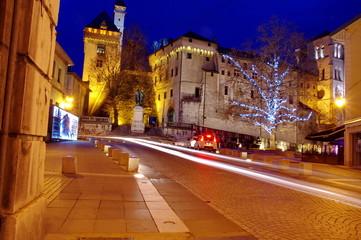 Le château des ducs de Savoie de nuit-chambéry