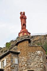 Le Puy-en-Velay - Alvernia, statua Madonna con bambino