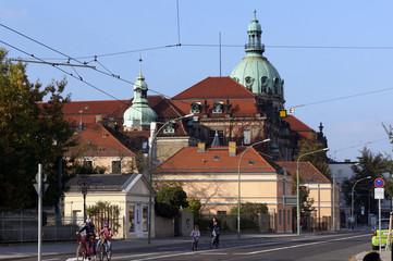Blick vom Nauener Tor auf das Rathaus