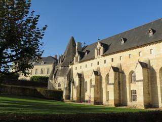 Maine-et-Loire - Fontevraud - Abbaye - Cuisine et réfectoire