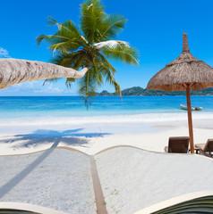 les Seychelles à livre ouvert.