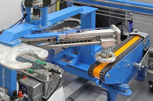Leinwanddruck Bild Robotic conveyor system