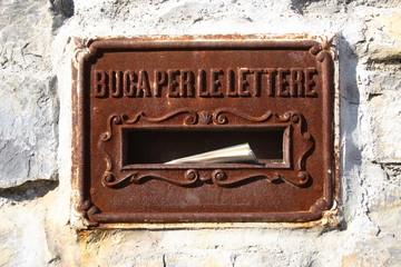 Buca per Lettere