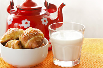 fresh milk and croissants