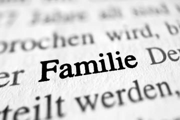Familie - schwarz-weiß Gesetztext