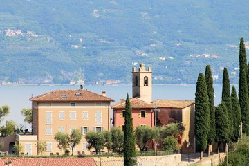 view of homes on Garda lake in Italy
