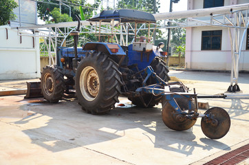 Equipment for equipment Tractor pushcart