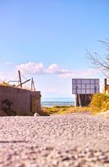 海岸に通じる小道