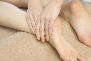 Heel massage