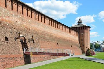 Фрагмент стены Коломенского кремля, Михайловские ворота