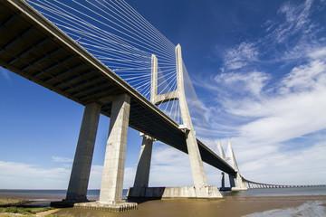 amazing bridge, Vasco da Gama