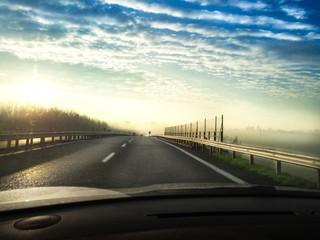 guidare al mattino
