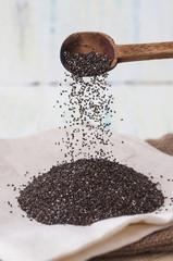 Cuchara con semillas de chia
