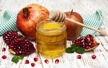 honey  apple and pomegranate