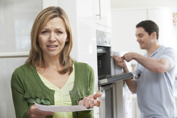 Unhappy Female Customer With Oven Repair Bill