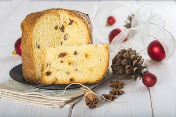 Panettone, bizcocho de frutas típico de Navidad en Italia