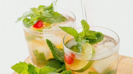 Cuban Cuisine: Mojito or Mint Julep Cocktail