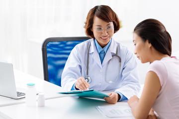 Explaining medical tests